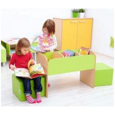 Vaikiška bibliotekos lentyna
